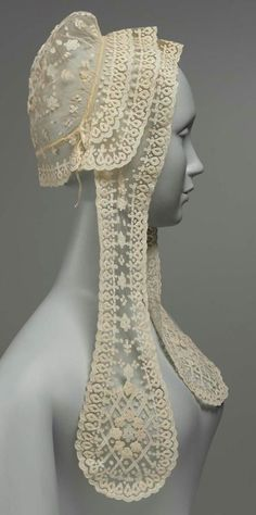 Irish Carrickamoss Lace Cap 1870 The Museum of Fine Arts, Boston