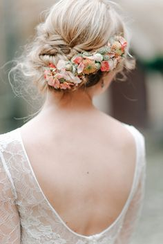 Anna Kara Lace and Peach Pretty For An Elegant Castle Wedding