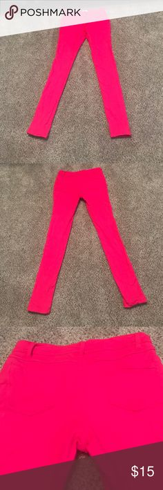 """Hot Pink """"Jean Style"""" Leggings Hot Pink Zenana Outfitters """"Jean Style"""" leggings.  2 back Pockets. Button and Zipper Front Closures.  95% Cotton, 5% Spandex Zanana Outfitters Pants Leggings"""