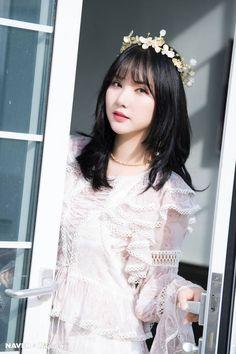 Photo album containing 9 pictures of Eunha Gfriend Album, Sinb Gfriend, Kpop Girl Groups, Korean Girl Groups, Kpop Girls, Sunrise Music, Music Lyrics Art, Jung Eun Bi, G Friend