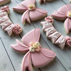 10 Perfect Themes for a Baby Shower – Voyage Afield Fancy Cookies, Iced Cookies, Cut Out Cookies, Cute Cookies, Cupcake Cookies, Sugar Cookies, Cupcakes, Baby Girl Cookies, Baby Shower Cookies