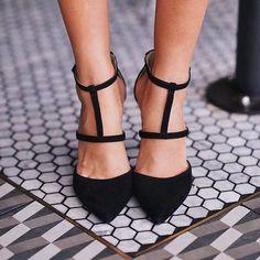 Fashionista @blank_itinerary not only knows great fashion but she also has great eye for floors  we love the shoes! #tiles #tiled #tile #tiler #tileaddiction #tilework #tileart #tileporn #tilefloor #tilesetter #tiledesign #stone #stones #marble #marbles #granite #granites #walls #floors #countertops #design #interiors #tilestonetrends #tilegallery #homedecor #tiletuesday #ihavethisthingwithfloors #tileometry #theloveofmarble by tilestonetrends