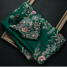 Dress Indian Style, Indian Fashion Dresses, Fancy Sarees Party Wear, Embroidery Saree, Embroidery Works, Hand Embroidery, Designer Sarees Wedding, Pattu Saree Blouse Designs, Wedding Saree Collection