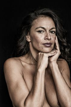 Photographer Proves That Beauty Is Ageless In These Stunning Nudes