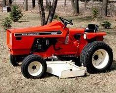 Allis-Chalmers 620 Garden Tractor - a cut above Small Tractors, Compact Tractors, Small Garden Tractor, Best Garden Tools, Gardening Tools, John Deere Tractors, Lawn Tractors, Allis Chalmers Tractors, Tractor Mower