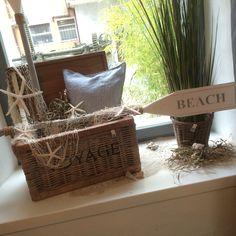 Das Gartenfenster dekoriert das Restaurant a la cArte saisonal mit Produkten von Riviera Maison