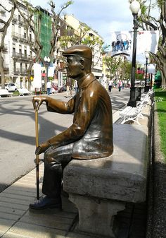 A Stroll Down Rambla Nova in Tarragona, Catalonia, Spain | Europe a la Carte Travel Blog