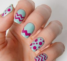 20 DIY Chevron Nails Tutorials