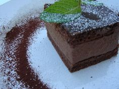 RIGÓ JANCSI – Classic Hungarian Chocolate Sponge Cake with Rich Chocolate Mousse Filling and a great romantic story – SHF Fun Baking Recipes, Wine Recipes, Dessert Recipes, Chocolate Sponge Cake, Chocolate Desserts, Hungarian Desserts, Hungarian Recipes, Cake Fillings, Dessert Bars