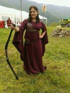 Vestido de mujer arquera celta  Woman archer por laagujamagica, €80.00
