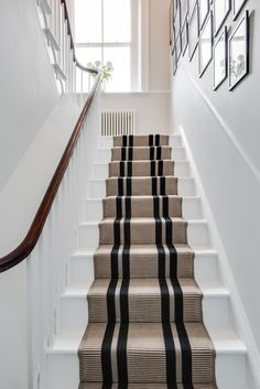 Top Guide of White Staircase with Runner Stairways Coastal Living Rooms, My Living Room, Style At Home, Staircase Runner, Stair Runners, Carpet Runner On Stairs, Carpet For Stairs, Tartan Stair Carpet, Striped Carpet Stairs
