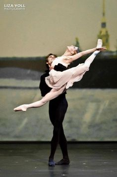 "Friedemann Vogel and Alicia Amatriain in ""Onegin."" Photo by Liza Voll"