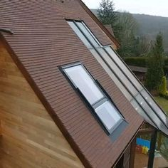 This Transform into a balcony. 👩‍🔧 To open the balcony, simply push open the window using the handles attached to the window frame and it becomes a fu House Roof Design, Unique House Design, Tiny House Design, Attic Bedroom Designs, A Frame House, Balcony Window, Roof Window, Attic Window, House Rooms