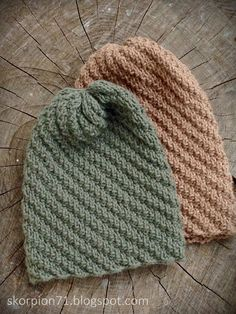 ✰ Skorpionen's hjørne: Hue med vri ~ til liten og til stor ♡ - Hello Double Knitting, Free Knitting, Knitting Patterns, Hooded Scarf Pattern, Knit Crochet, Crochet Pattern, Simple Collage, Mittens Pattern, Crochet Projects