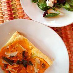 レシピとお料理がひらめくSnapDish - 8件のもぐもぐ - Squash & jalepeno honey tart with salt roasted beet salad by Matthew Cashen