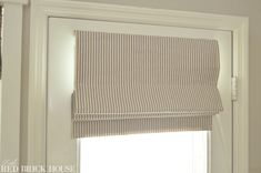 A step-by-step tutorial on how to make a functioning roman shade. Home, Red Curtains, Window Shades, Roman Shades, Wood Blinds, Kitchen Window Curtains, Bamboo Shades, Door Shades, Red Brick House