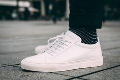 Du blanc, du blanc et encore du blanc ! Avec des chaussettes rayées, le combo gagnant !  #whitesneakers #socks #menstyle #menswear #mens #menfashion #sneakerness #sneakersnstuff #sneakerfreaker #sneakergame #sneakerlife #sneakerheat #sneakers #sneakerhead #sneakerheads #sneakergram #sneakershop #sneakerlove #sneaker #sneakercollector #sneakerspics #sneakershouts #sneakeraddict