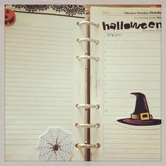 I love Halloween... (: