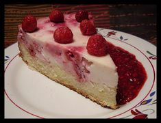 Kuchen de frambuesa Chilean Recipes, Delicious Desserts, Yummy Food, Aesthetic Food, Sweet Recipes, Cookie Recipes, Deserts, Food Porn, Food And Drink