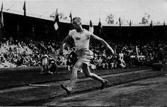Gustaf Lindblom | Svenskt guld i tresteg – OS 1912 – serie 1:219 | vyer.nu