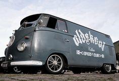 A collection to celebrate the classic rear-engine type Volkswagen Kombi van Volkswagen Bus Camper, Vw T1, Vw Minibus, Combi T2, Combi Split, Vw Logo, Porsche, Cool Vans, Vintage Vans