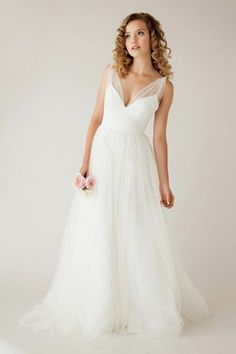 Astrid & Mercedes swiss dot wedding gown #wcriseandshine This is so beautiful. I'm in love <3