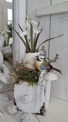 Holzkistchen mit Frühlings Hübsch Osterdeko shabby chic kleines schwedenhaus