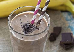 Start your day with a Protein Smoothie. Studies show that a protein-rich breakfast helps reduce your hunger hormone. Try Berry Smoothie, Chocolate- Almond Smoothie to steady your blood sugar and reduce metabolic fluctuations throughout the day. Chocolate Avocado Smoothie, Chocolate Protein Shakes, Raspberry Smoothie, Juice Smoothie, Smoothie Drinks, Chocolate Smoothies, Coconut Smoothie, Chocolate Covered Almonds, Chocolate Drizzle
