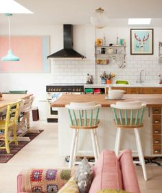 This Candy-Colored London Kitchen Will Totally Cheer You Up