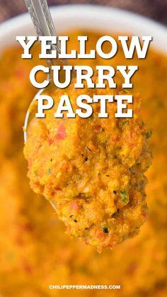 Cheesy Recipes, Spicy Recipes, Curry Recipes, Mexican Food Recipes, Cooking Recipes, Ragi Recipes, Yellow Curry Recipe, Yellow Curry Paste, Indian Curry Paste Recipe