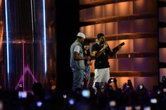 Drake Snags Two Awards At 2013 Much Music Video Awards
