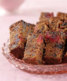 Discover our quick and easy recipe from Financiers to Cook Expert on Current Cuisine! Lemon Recipes, Baking Recipes, Zambian Food, Lemon And Coconut Cake, Fig Cake, Christmas Breakfast, Christmas Cup, Pudding Recipes, Cupcake Cakes