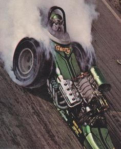 History - Drag cars in motion. Nhra Drag Racing, F1 Racing, Top Fuel Dragster, Old Race Cars, Vintage Race Car, Drag Cars, Car Humor, Courses, Fast Cars