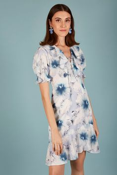 VESTIDO NICOLE | Teria Yabar Primavera Verano 2020 Casual, Dresses, Fashion, Vestidos, Crepe Dress, Spring Summer, Moda, Fashion Styles, Dress