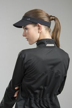 Kolekcja Porsche Design Sport http://news.adidas.com/PL/STYLE/porsche-design-sport-ss2014-collection/s/ac424033-504b-4f46-8d48-7e5763a2b687