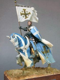 KNIGHTS: Scale model of a Knight on horseback. (artist unknown) Help eliminate poor pinning! If you know the artist and can supply a link, please update this pin. Thank you!