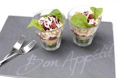 ▷ 10 variations around the Spanish gaspacho recipe , I Love Food, Good Food, Yummy Food, Tea Recipes, Vegan Recipes Easy, Gaspacho Recipe, Carpaccio Recipe, High Tea Food, Dessert Blog