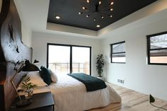 Home Renovation Wall How to Renovate a Home, Boise Boys-Style Black Ceiling Paint, Dark Ceiling, Colored Ceiling, Tray Ceiling Bedroom, Bedroom False Ceiling Design, Bedroom Decor, Bedroom Ideas, Boise Boys, Black Master Bedroom