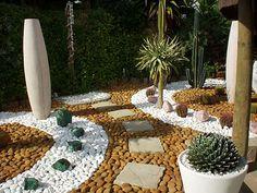¿Te gustaría tener un jardín como este?, Nosotros te ayudamos a que esto sea posible.  Llámanos, Realizamos cotizaciones sin compromiso.