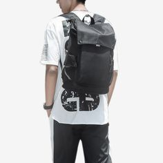 Structured and sleek, our Miyoshi Travel Backpack is made for the modern professional who appreciates utilitarian design crossing with minimalist beauty. Black Backpack, Travel Backpack, Leather Backpack, Fashion Backpack, Handbags On Sale, Luxury Handbags, Japanese Backpack, Minimalist Beauty, Lightweight Backpack