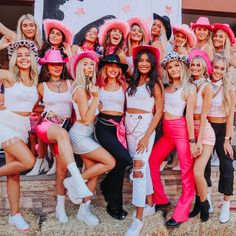 Rounding up the PHInest since PC 19 welcome to the Phi House. it's OuT oF tHiS wOrLd✨💫 Saddle up because we can't wait for all to… Cowgirl Halloween Costume, Cute Group Halloween Costumes, Trendy Halloween, Costumes For Teens, Group Costumes, Halloween Outfits, Bratz Doll Halloween Costume, Woman Costumes, Pirate Costumes
