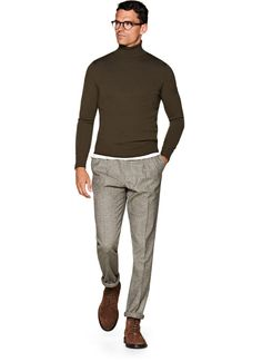 Whether you're sporting one over a chunky sweater or over your suit, quilted vests will be one of your best sartorial weapons this season. Fashion Moda, Mens Fashion, Fashion Outfits, Stylish Mens Outfits, Cool Outfits, Suit Supply, Grey Outfit, Clothing Items, Men Casual