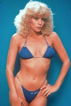 Beautiful naked blonde milf lesbians