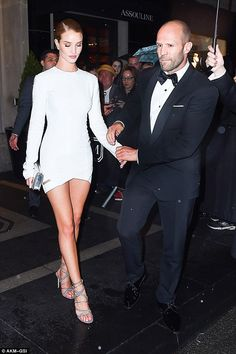 Rosie Huntington-Whiteley and fiancé Jason Statham party after the Met Gala Rosie And Jason, Jason Statham And Rosie, Rose Huntington, Rosie Alice Huntington Whiteley, Evening Outfits, Perfect Couple, Celebrity Outfits, Classy Women, Love Fashion