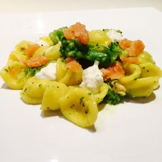 Orecchiette+broccoli+salmone+e+crescenza+-+Salmon,+broccoli+and+crescenza+cheese+orecchiette