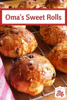 Yummy sweet raisin rolls, so perfect for a holiday breakfast or brunch. Enjoy it! Share it with us & tag ~ Oma Gerhild ❤️ Easy German Recipes, Dutch Recipes, Chef Recipes, Baking Recipes, Dessert Recipes, Amish Recipes, Austrian Recipes, French Recipes, Easter Recipes