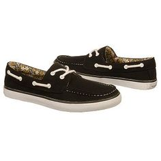 Can I pull off boat shoes?