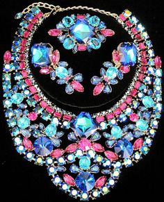 DiMARTINO ORIGINALS Bermuda Pink Blue Rivoli Rhinestone Necklace Earring Pin Set