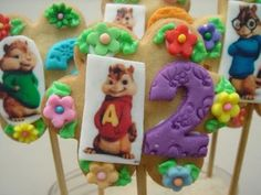 Alvin and the chipmunks cookie bouquet... I am so making one of these for the party...
