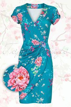 Lien & Giel Paris Pencil Dress in Poppy Green LienGiel 101 49 14309 ParisPoppy Elegant Dresses, Cute Dresses, Beautiful Dresses, Casual Dresses, Casual Clothes, Trendy Dresses, Dress Outfits, Fashion Dresses, Cute Outfits